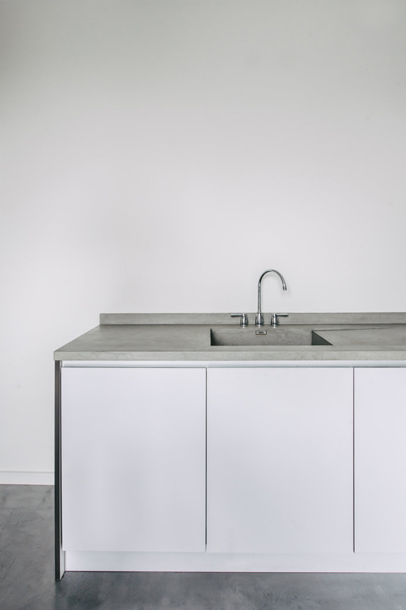 Fenix-EJ-Ryder-Kitchen-White