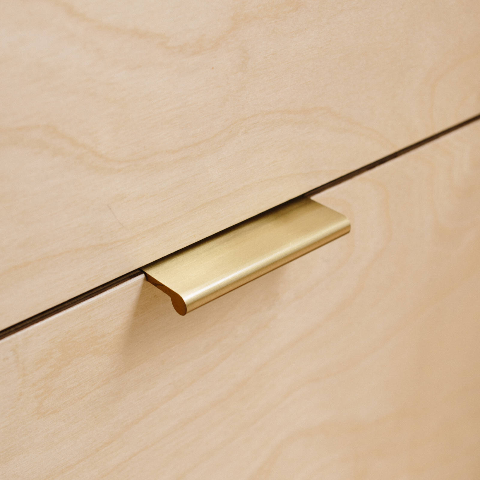 Ultimate-Guide-To-Cabinet-Handles-Plykea-02
